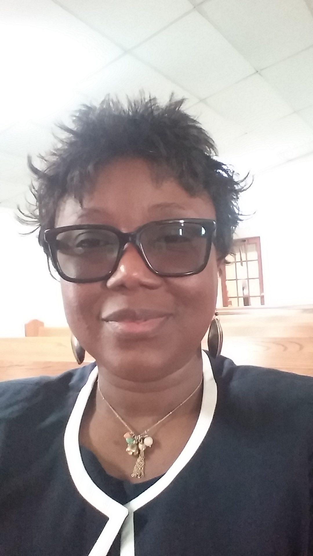 Glory Dioh-Esona headshot